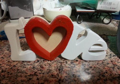 Portafoto in legno, scritta Love personalizzata