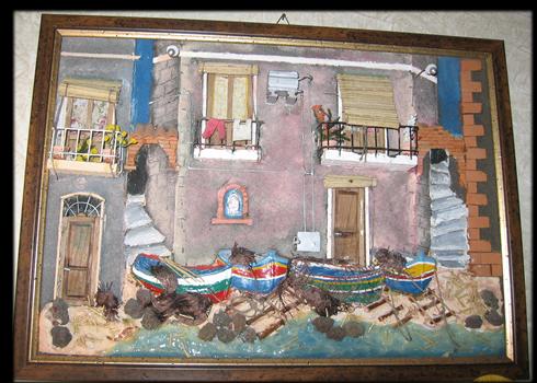 Quadro in rilievo, facciata sul mare