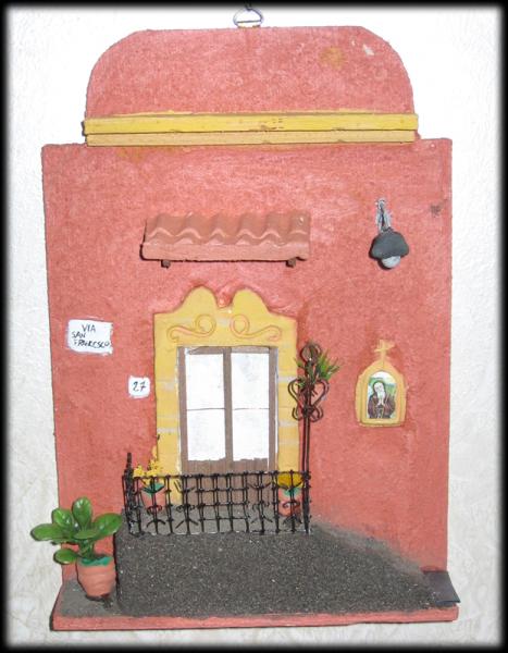 quadro in rilievo, facciata semplice nicchia San Francesco
