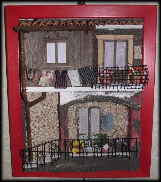 Quadro in rilievo, facciata rustica