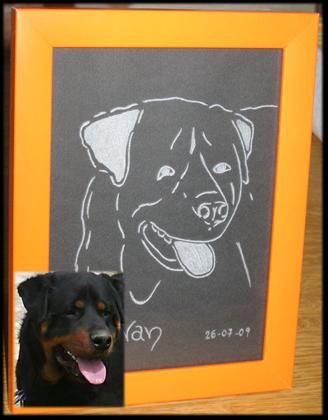 Incisione su vetro di un ritratto di un cane