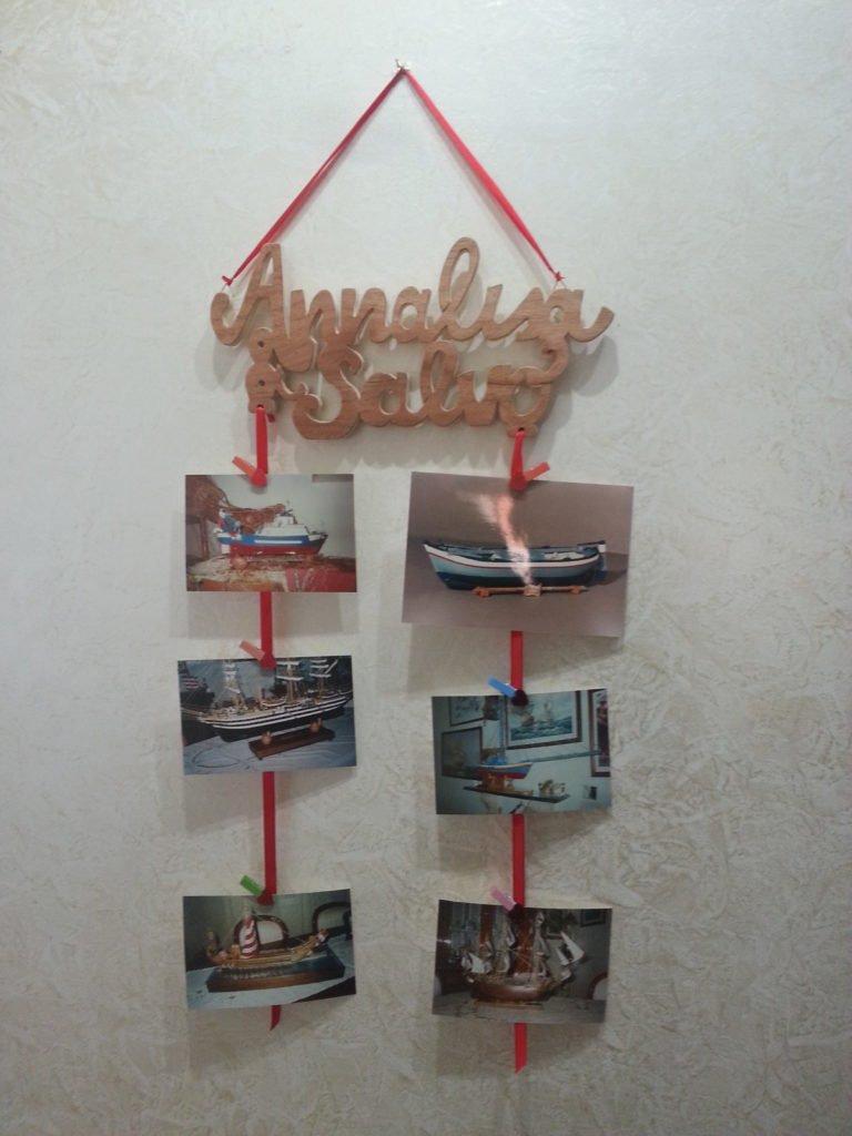 Portafoto con scritta personalizzata e foto a discesa
