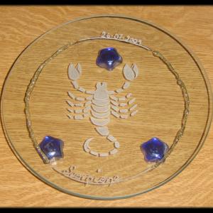 Incisione su vetro di un segno zodiacale, Scorpione