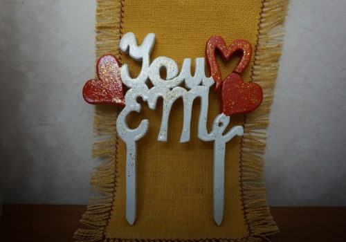 Scritta in legno personalizzata per torta