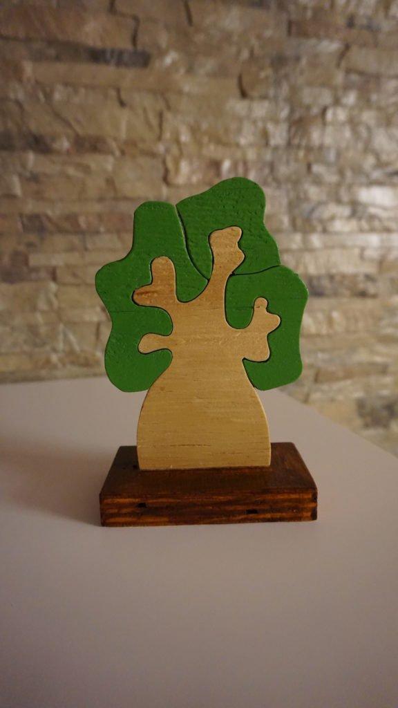 Albero della Vita in legno. incastro. Realizzato al traforo