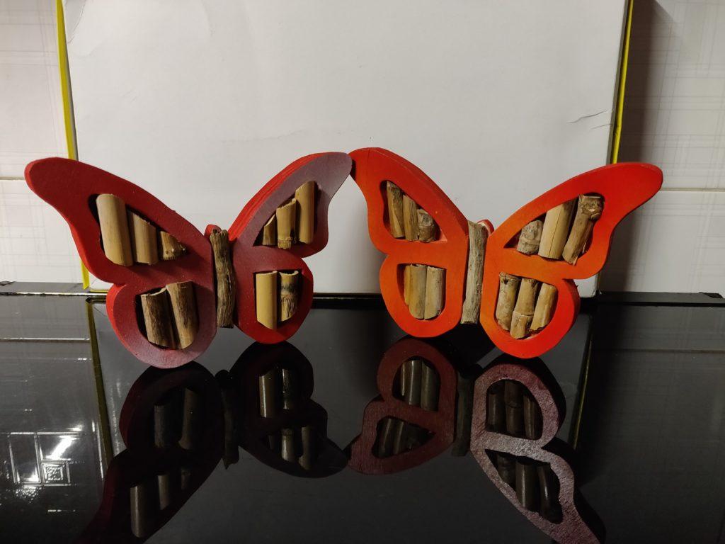 Farfalla in legno realizzata al traforo