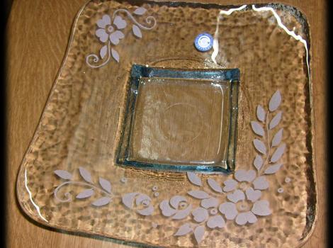 Incisione su vassoio vetro