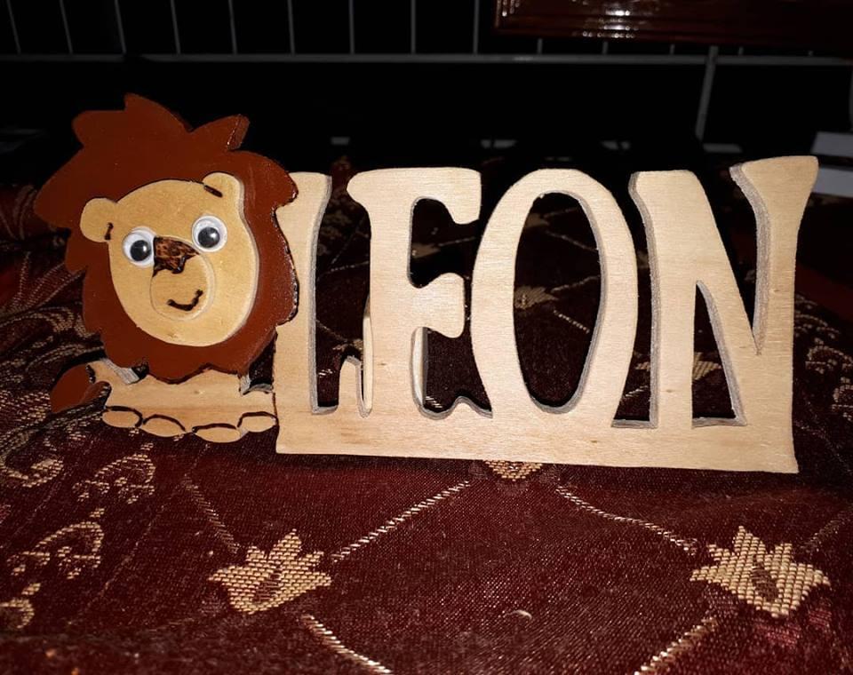 """Scritta in Legno """"LEON"""""""