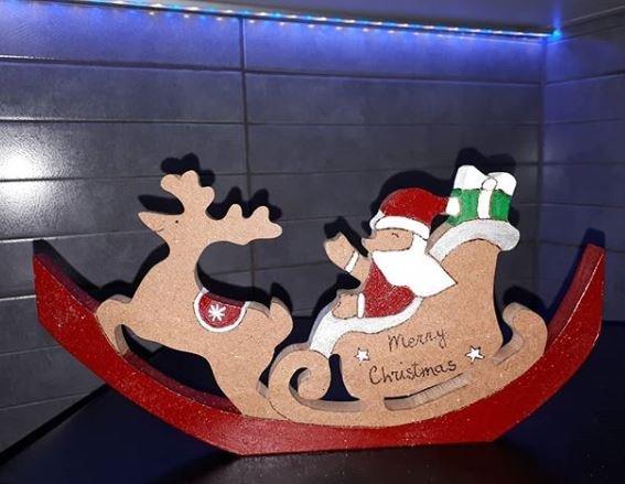 Slitta di Babbo Natale con Renna in Legno