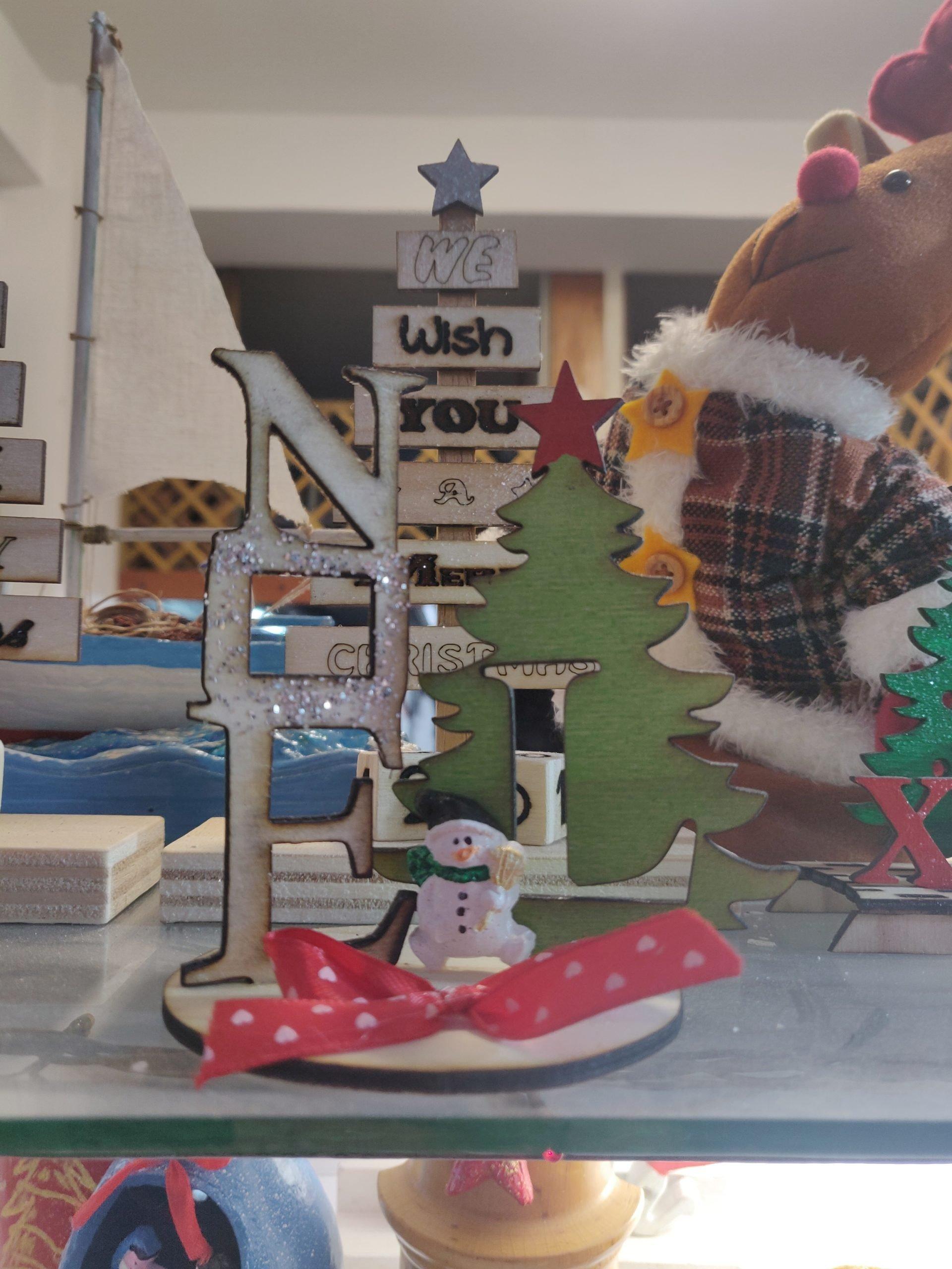 Scritta NOEL in Albero di Natale