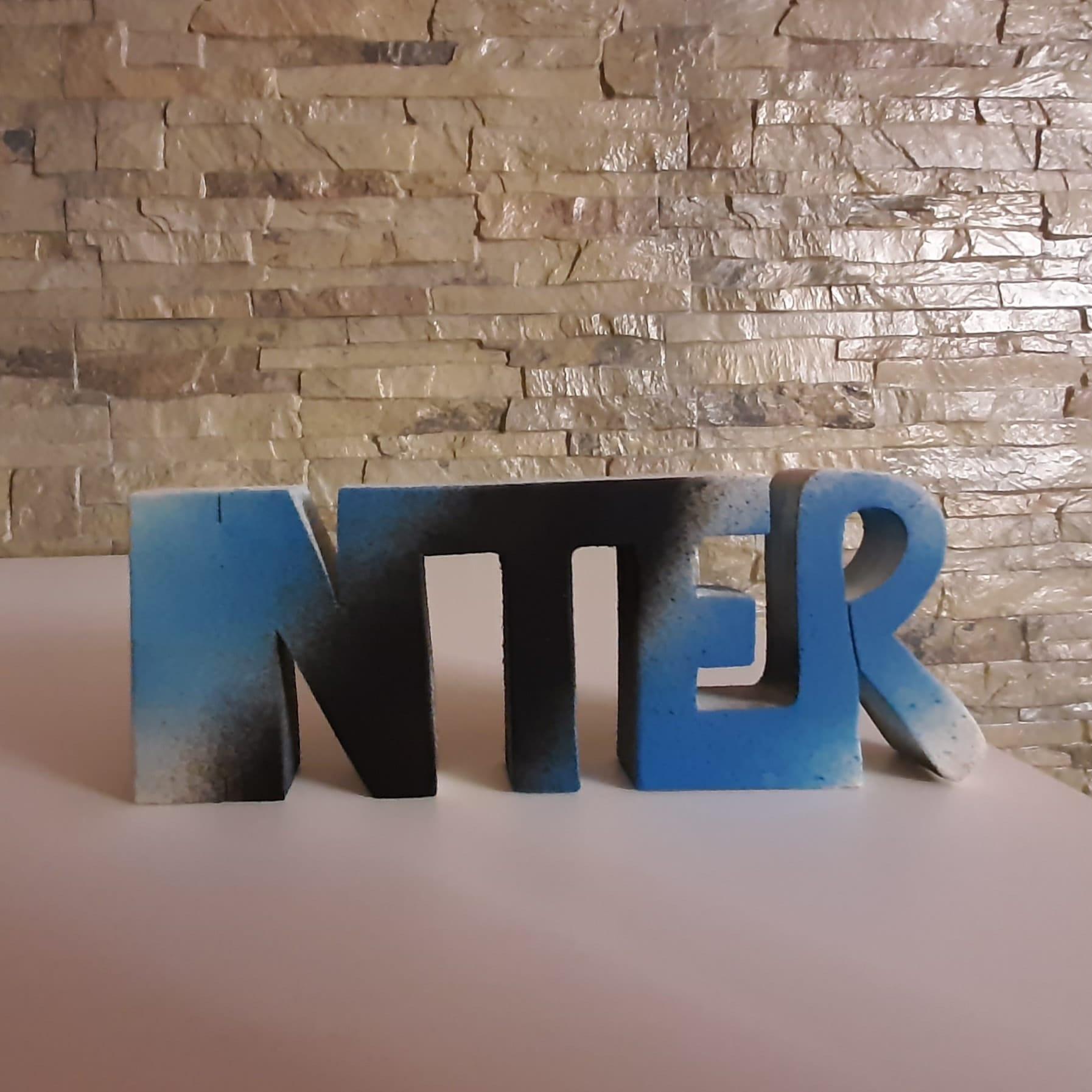 scritta in legno Inter