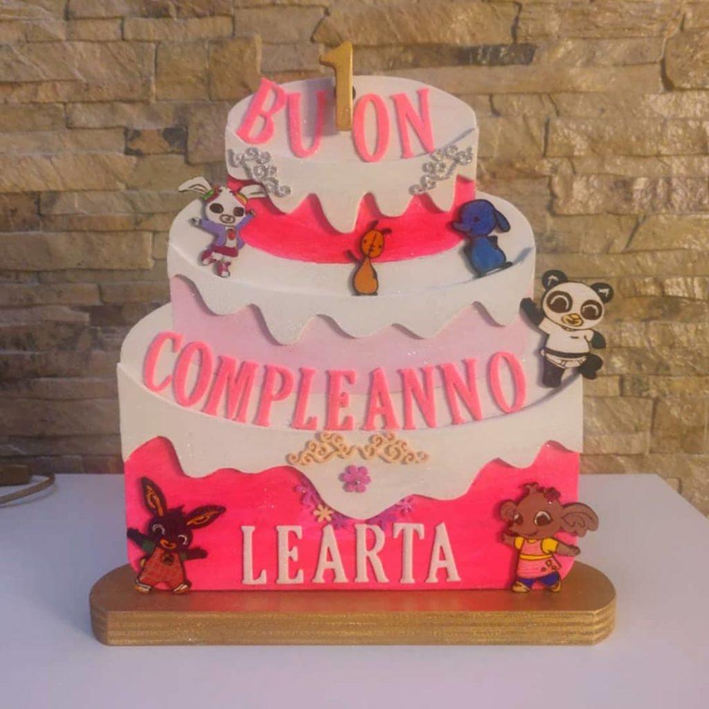 torta legno con scritta personalizzata