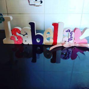 scritta in legno personalizzata